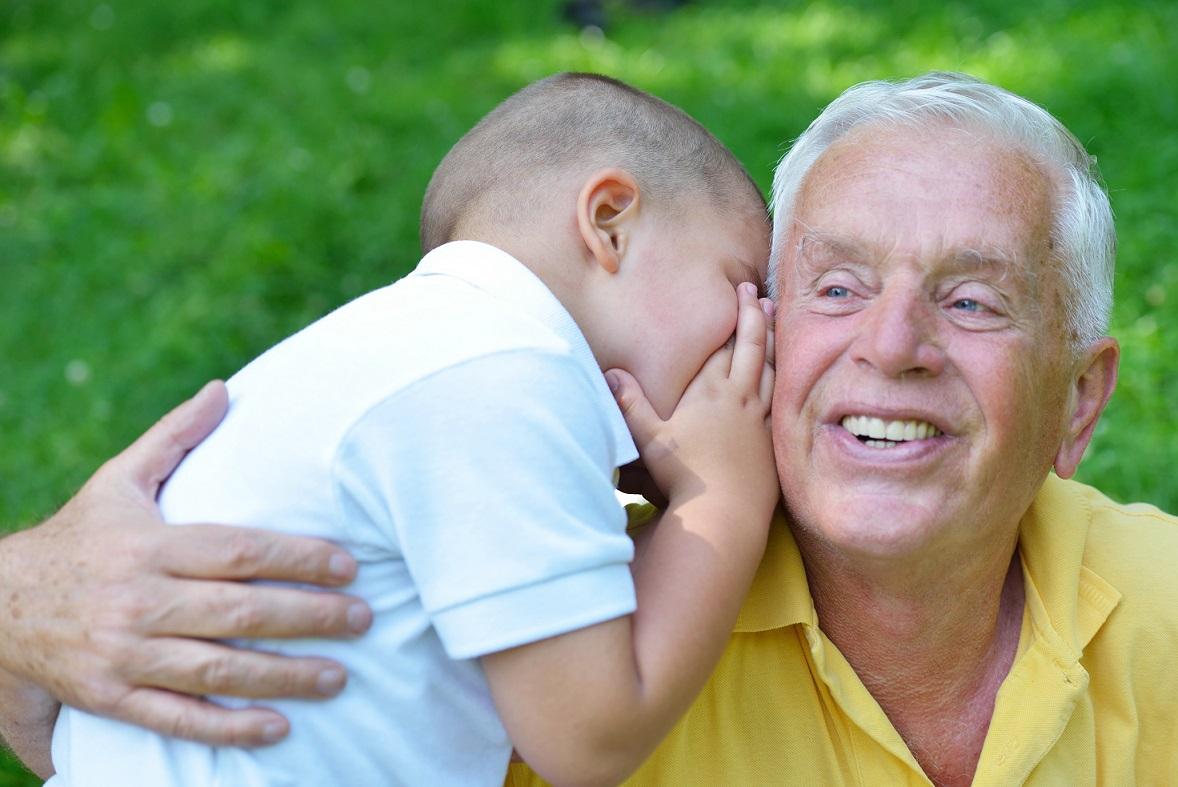 שיניים תותבות בגיל השלישי