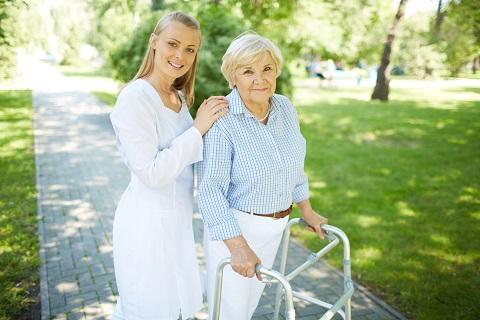 בעיות בריאותיות נפוצות בקרב מבוגרים סיעודיים