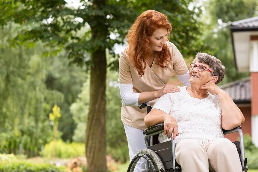 ביטוח לאומי עזרה לקשישים